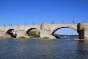 Мост через реку Эбро