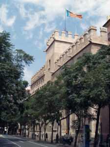 Здание Шелковой Биржи в Валенсии