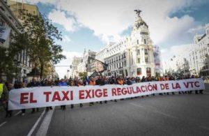В Испании таксисты несут убытки от Uber и Cabify